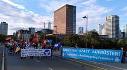 Antikriegstag: 500 demonstrieren in Frankfurt für Abrüstung und gegen Rechts