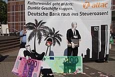 Attac Aktion bei der Hauptversammlung der Deutschen Bank