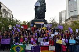 Frauen gemeinsam gegen Bolsonaro