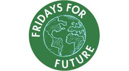 Fridays for Future streikt und blockiert zum globalen Aktionstag zentral in Berlin