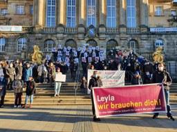 """""""Leyla, wir brauchen dich"""" - Aufenthalts- und Arbeitserlaubnis für Leyla und ihre Mutter Meryem Lacin"""